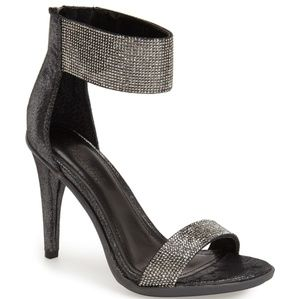 👠Kenneth Cole Reaction Heels